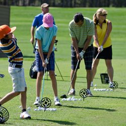 Family golf lessons have a lot of benefits